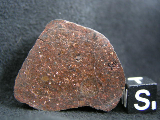 Photo Larry Atkins - meteorites under the scope study - Jah. 001?